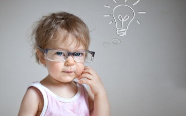 Девочка с развитым мышлением